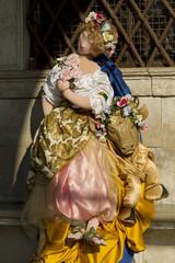 maschera carnevale bambola