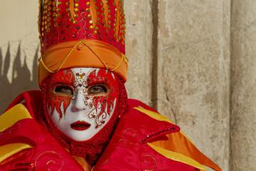 maschera carnevale viso rosso arancione