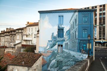 Hotel avec fresque à Angoulême