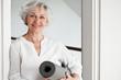 Leinwanddruck Bild - Aktive Seniorin