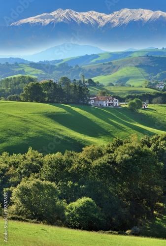Papiers peints Colline pays basque