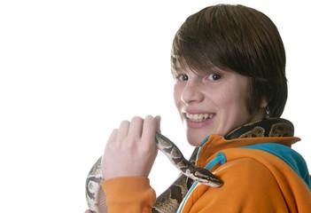 Junge mit Königspython