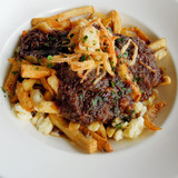 Poutine with braised ribs - 39243879