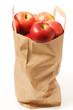 Eine Papiertasche Äpfel
