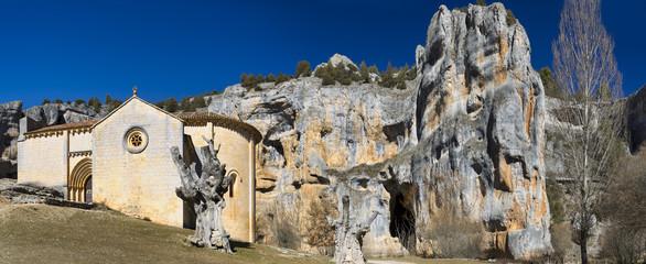 Cañón del rio lobos (Ermita de San Bartolomé,Soria)
