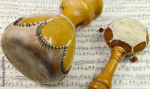 Leinwanddruck Bild Afrikanische Instrumente