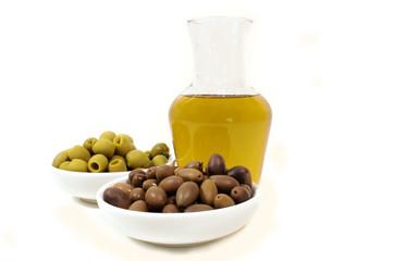 Ampolla d'olio e olive