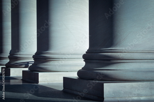 Leinwanddruck Bild Pillars of Law and Education