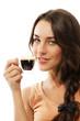 lächelnde frau mit einer tasse espresso kaffee
