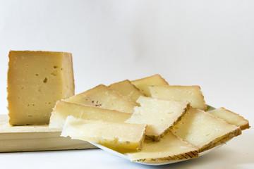ración de queso curado