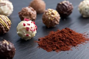 Kakao und Pralinen