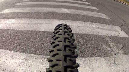 Subjective on bike (on crosswalks - wide 120°)