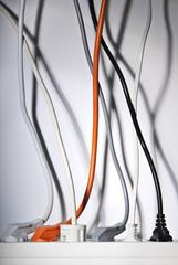 Stromkabel und Steckerleiste