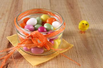 dragee-eier im glas