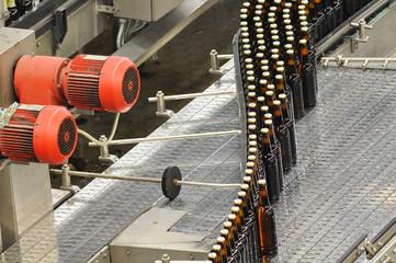 Getränkeabfüllung Brauerei / Conveyor Bottling Brewery