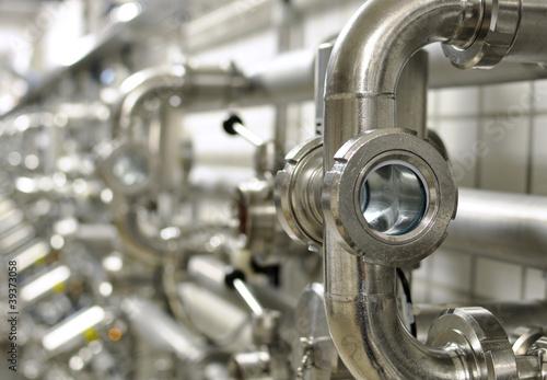 Detail Rohrleitungssystem einer Brauerei / pipeline system