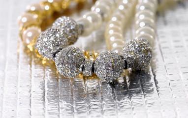 Luxury pearl bracelet
