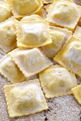 ravioli di pasta fresca