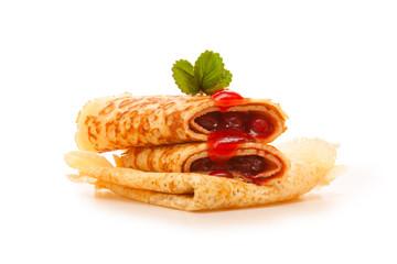 Pfannkuchen mit Kirschenmarmelade