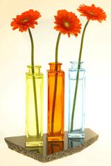 Drei bunte Vasen