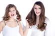 Freundinnen ziehen sich an den Haaren und streiten