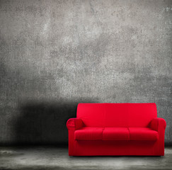 fondo vintage con divano rosso