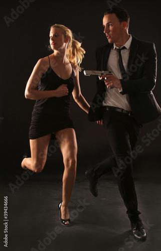 Bond und Bondgirl плакат