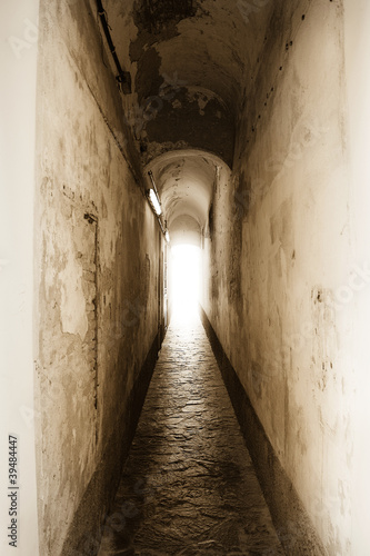 Leinwanddruck Bild luce alla fine del tunnel