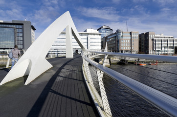 Sunny bridge in Glasgow, United Kingdom