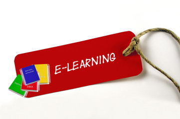 """e-learning""  rotes Kartonschild"