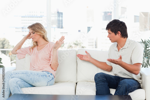 Man trying to apologise but the woman is not interested in it
