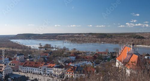 Kazimierz Dolny_ Vistula_Poland - 39545012