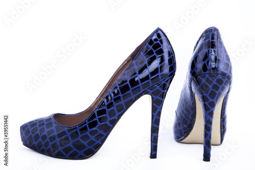 blaue high heels schuhe close up stockfotos und lizenzfreie bilder auf bild 39551442. Black Bedroom Furniture Sets. Home Design Ideas