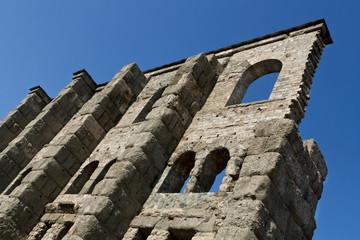 roman wall ruins