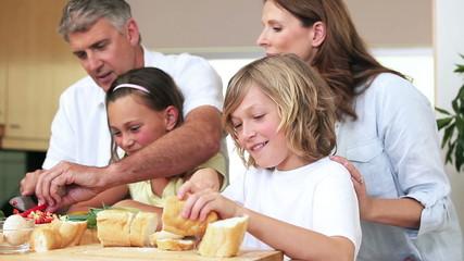 Family slicing sandwich fillings