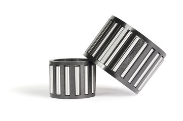 Two roller bearings for the car