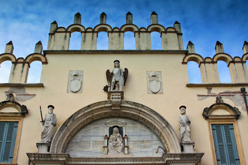 Verona, palazzo vescovile
