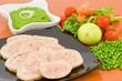 polpettone di carne con salsa ai piselli