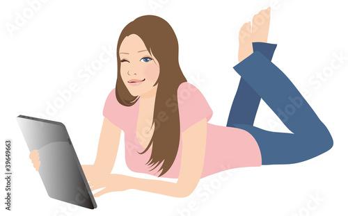 タブレットを操作する女性
