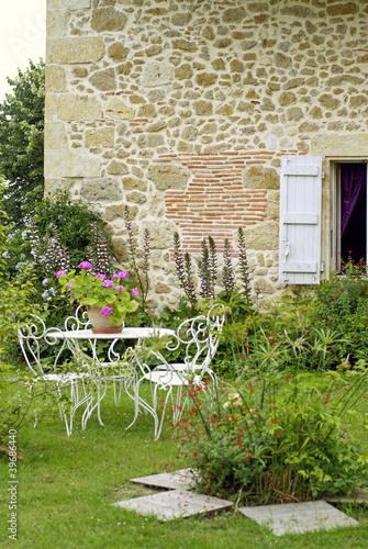 jardin d'agrément d'une maison de campagne  #02