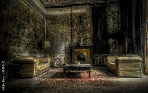 Foto op Canvas Rudnes abandoned living room