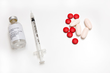 Contrast of Insulin With Pills For Diabetes