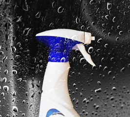 spray cleaning bottle