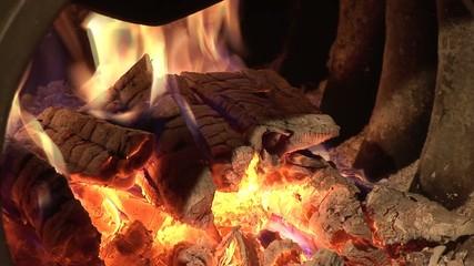 Ofen und Feuer