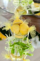 Preparazione limoni, buffet