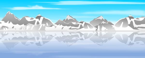 Bergkette spiegelt sich im Wasser