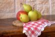 frutta sul tavolo