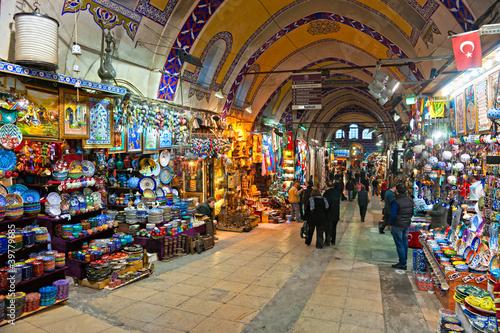 Leinwanddruck Bild Grand bazaar shops in Istanbul.