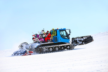 Ratrack taking skiers to top of mountain