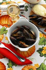 Mussels au gratin Małże au gratin Moules gratinée 贻贝焗